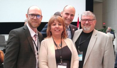 Mike Toye - Minister Duclos - Francine - Paul